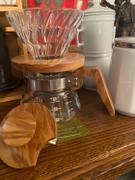 Japanese Taste Hario V60 Glass Coffee Dripper with Olive Wood 1-4 Cups VDG-02-OV Review