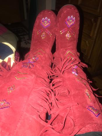 Boots N Bags Heaven Knee High Native American Moccasin Boots - Indian Fringe Winter Fashion Boots Review