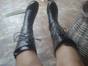 Boots N Bags Heaven Knee High Gothic Boots Review