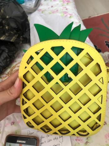 Boots N Bags Heaven Pineapple Shaped Handbag Review
