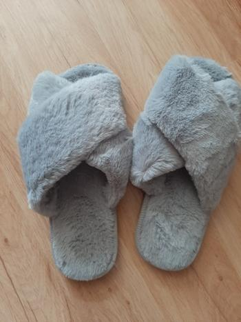 Boots N Bags Heaven Winter Faux Fur Plush Home Slippers Review