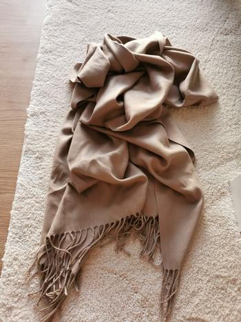 Boots N Bags Heaven Warm and Soft Winter Cashmere Scarf Review