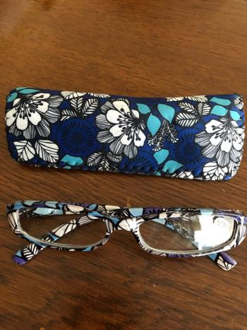 Boots N Bags Heaven Fashionable Presbyopia Lens Reading Glasses Review