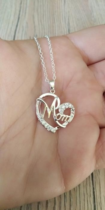 Boots N Bags Heaven Bejeweled Heart Mom Necklace Review