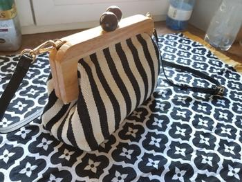 Boots N Bags Heaven Vintage Wooden Clip Stripe Messenger Bag Review