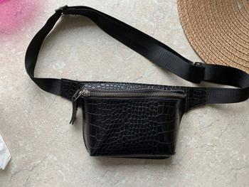 Boots N Bags Heaven High Fashion Alligator Style Waist Bag Review