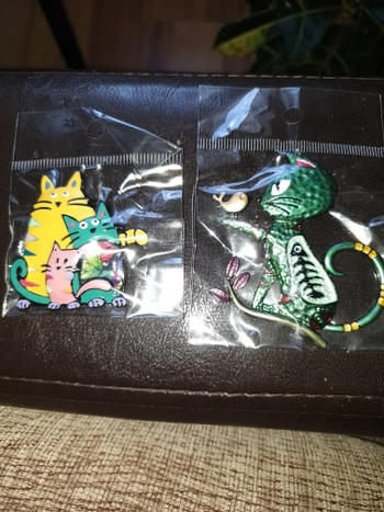 Boots N Bags Heaven Sweet Cat Family Enamel Brooch Pins Review