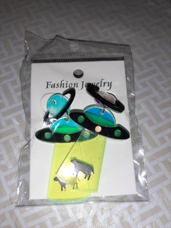 Galaxy Teez Funny Alien Cow Abduction Statement Earrings Review