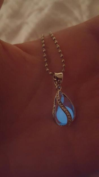 Galaxy Teez Teardrop Glow in The Dark Necklace Review
