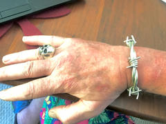 SilverWow Mens Barbed Wire Bangle Review
