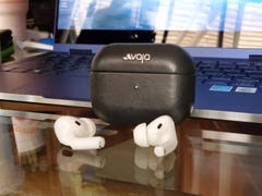 Vaja Ivolution AirPods Pro Leather Case - Ships in 2 weeks..! Review