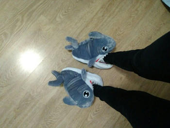 TrendyVibes.CO Furry Shark Winter Slippers Review
