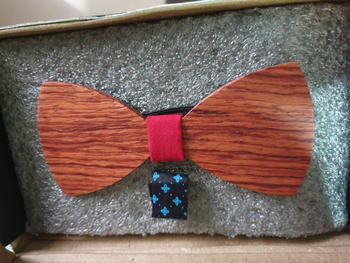 Woodgeek store The Riba - Red Wooden Bow Tie Review