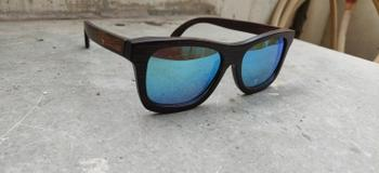 Woodgeek store The Journeyman charcoal square wooden sunglasses - Blue mirror lens Review