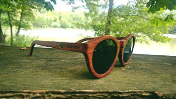 Woodgeek store The Hipster - rosewood round sunglasses Review