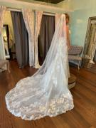 Cassandra Lynne Cathedral English Glitter Tulle Wedding Veil Review