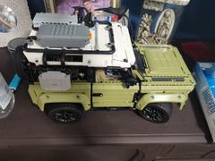 Distrito Max LEGO Technic Land Rover Defender 42110 Review