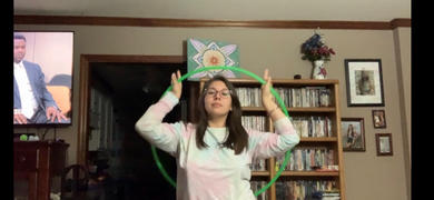 The Spinsterz UV Green Polypro Hula Hoop Review