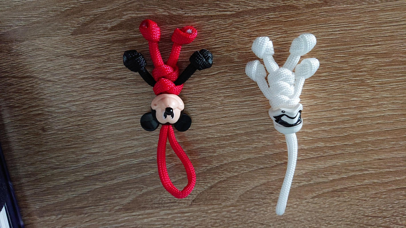 HAND MADE MICKEY MOUSE KEYRING BUDDY KEYCHAIN PARACORD BUDDY