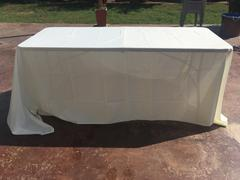 tableclothsfactory.com 90x132 Ivory Polyester Rectangular Tablecloth Review