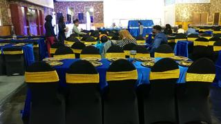 tableclothsfactory.com 90x156 Royal Blue Polyester Rectangular Tablecloth Review