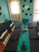 tableclothsfactory.com 12x108 Hunter Green Satin Table Runner Review
