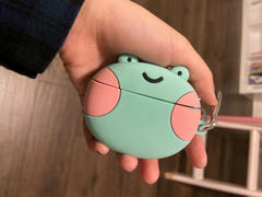 Shopzoki Ebbo Frog AirPods Case Review