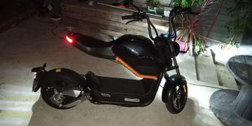 Weebot Scooter électrique Sunra Miku Max Review