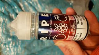 VaporDNA Vape 100 - Ripe Collection - Blue Razzleberry Pomegranate - 100ml Review