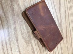 Burkley Case Carson Magnetic Detachable Leather Wallet Case for Apple iPhone 11 (6.1) Review