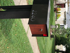 Deus Modern STAND-UP ADDRESS SIGN Review