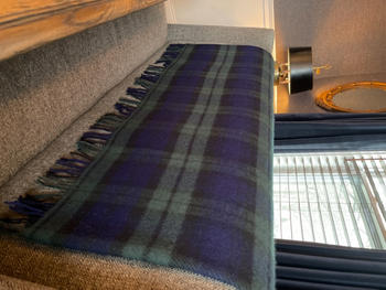 Biddy Murphy Irish Gifts 58 x 45 100% Lambswool Small Throw Blanket Soft Woven by John Hanly & Company in Co. Tipperary, Ireland Review