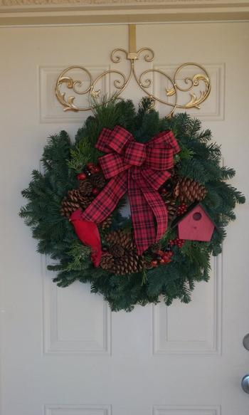 Lynch Creek Wreaths  Golden Baroque Hanger Review