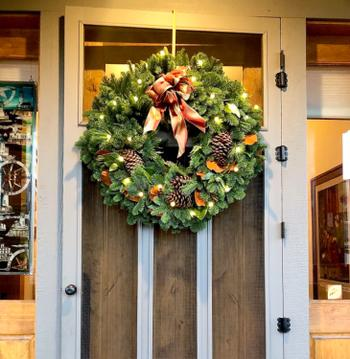 Lynch Creek Wreaths  Majestic Magnolia Review