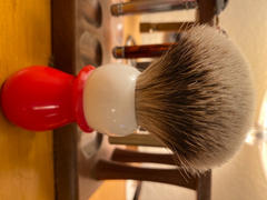 West Coast Shaving WCS Two-Tone Tall Silvertip Shaving Brush, Red & White Review
