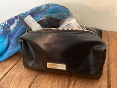 K I N N O N BAKER POUCH - BLACK Review