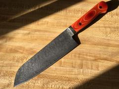JapaneseChefsKnife.Com Mr. Itou R-2 Custom Damascus Santoku 175mm (6.8 inch, Japanese Lacquer Handle, IT-601B) Review
