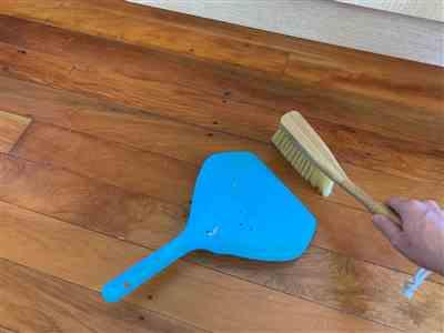 Claire Rees verified customer review of Eco-Friendly Steel Dust Pan and Bamboo Brush Set