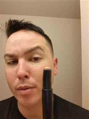 Allen M. verified customer review of Product 01 - Concealer Tool