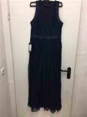 M***a verified customer review of Empire Waist Sleeveless Maxi Long A Line Lace Evening Dresses