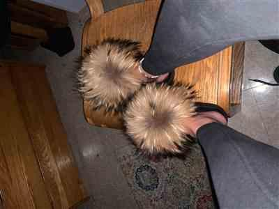 Alexis Bennett verified customer review of Natural Raccoon Slippers