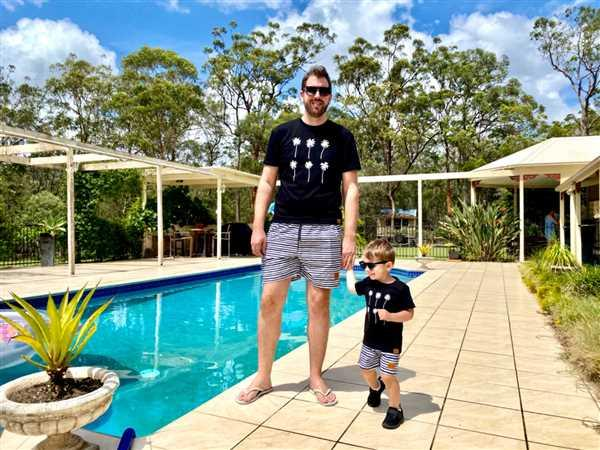 Bronte Co Bronte - Father/Son Palms T-Shirt Combo Review