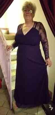 Ever-Pretty US V Neck Maxi Long Evening Gowns with Lace Sleeves Review