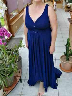 Sofia J. verified customer review of V-Neck High-Low Evening Dress