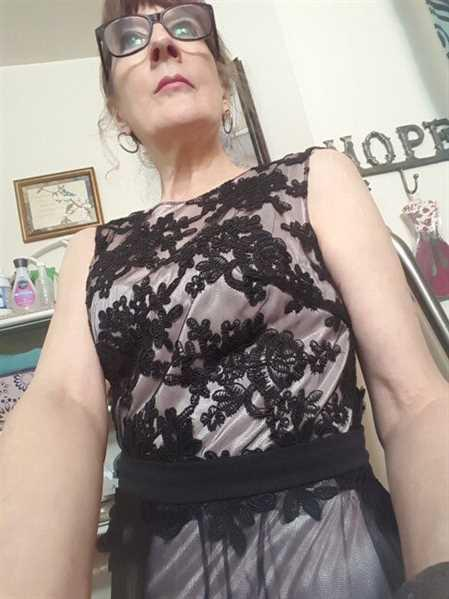 Ever-Pretty US Sleeveless Evening Dress with Black Brocade Review