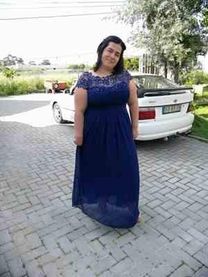 P***s verified customer review of Plus Size Lace Cap Sleeve Evening Gown