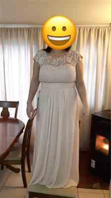 P***a verified customer review of Plus Size Lace Cap Sleeve Evening Gown
