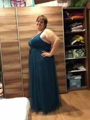Autumn J. verified customer review of Plus Size Floor Length V Neck Evening Gown