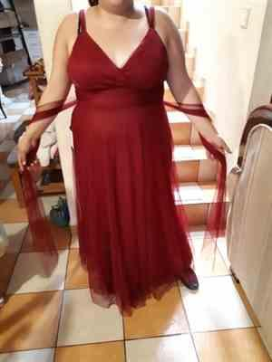 Maya G. verified customer review of Plus Size Floor Length V Neck Evening Gown