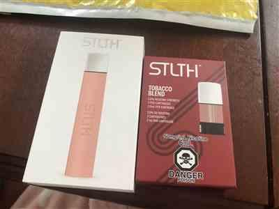 Rebecca boyle  verified customer review of STLTH Device - Rose Gold